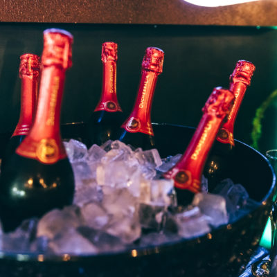 Boode bedrijfsfeest Overijssel champagne
