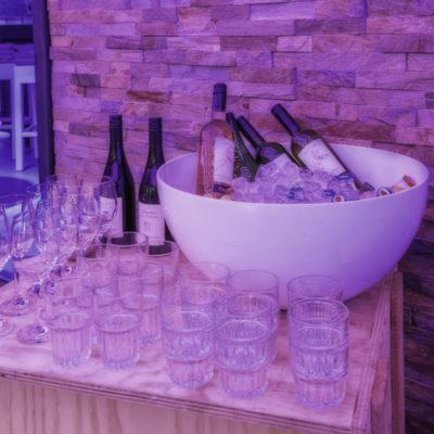 Wijnen in koeler