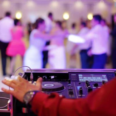 Huwelijksfeest sfeerimpressie